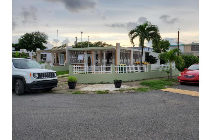 Villa del Rio, Guayanilla